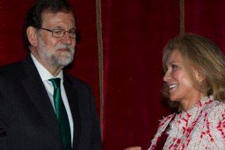 Alicia Koplowitz muy emocionada al recibir la cruz de Alfonso X el Sabio