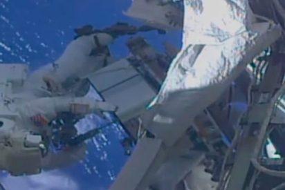 Este astronauta de la NASA sale al espacio y se acuerda de que olvidó poner la memoria en su GoPro
