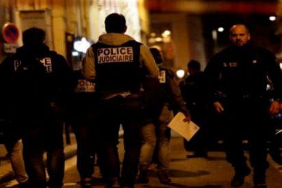 Un ataque con cuchillo en París deja dos muertos y varios heridos