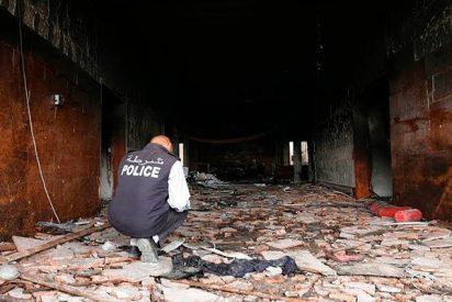 Atentado suicida en la sede de la comisión electoral de Libia deja al menos 12 muertos