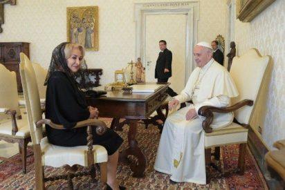 Francisco recibió a la primera ministra de Rumanía