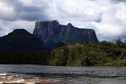 """Autana, """"La Montaña Sagrada"""" del Amazonas venezolano"""