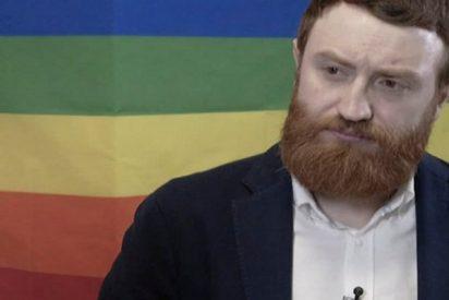 """La """"marciana"""" y genial entrevista de Burque al activista LGTBI Santiago Rivero"""