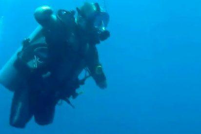 Este buceador con 4 miembros amputados bate récord de profundidad