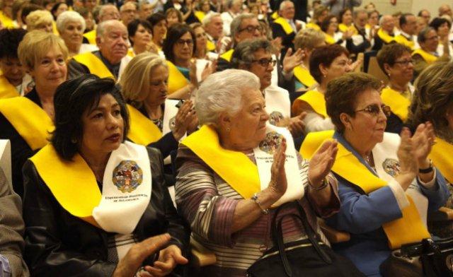 """Los alumnos de la Universidad de la Experiencia, """"orgullo"""" de la UPSA"""