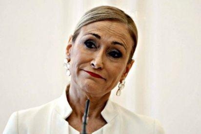 Cristina Cifuentes deja su acta de diputada y se retira de la política