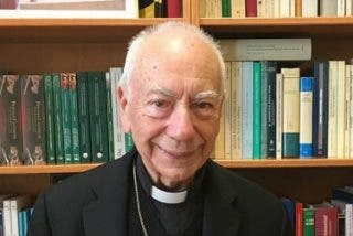 """Coccopalmerio: """"Hay curiales con dificultades para aceptar las reformas del Papa"""""""