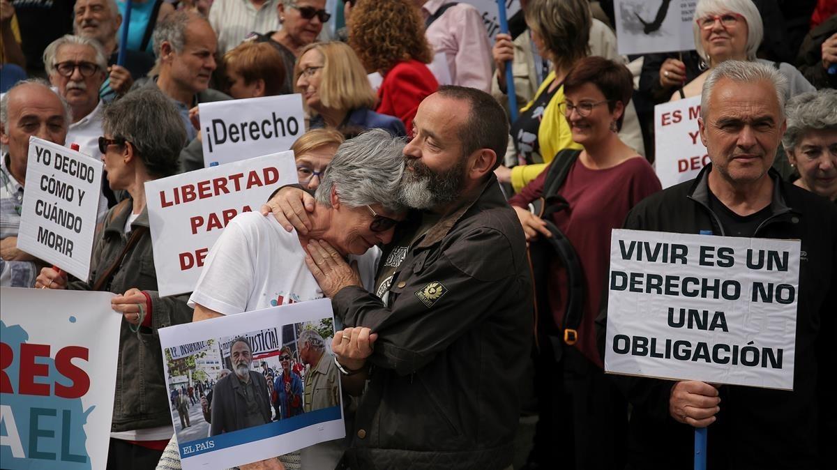 """Los obispos tildan la eutanasia y el suicidio asistido como """"un atentado a la dignidad de la persona"""""""
