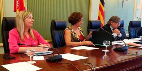 Consejera balear de Salud dice que el decreto del catalán no ha tenido repercusión en la contratación