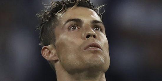 Cristiano Ronaldo deja caer que se va del Real Madrid y se monta la de 'Dios es Cristo'