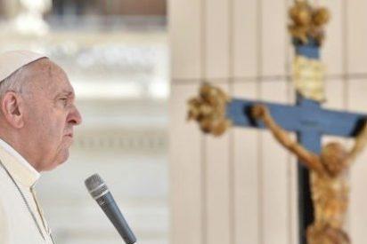 """Francisco: """"La guerra llama a la guerra, la violencia llama a la violencia"""""""