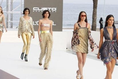 Custo Barcelona sorprende en la Mercedes Benz Fashion Wekeend Ibiza