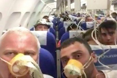 Así vivieron los pasajeros desde dentro del avión turco el aterrizaje de emergencia