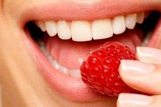 Los mejores remedios caseros, que funcionan, para blanquear los dientes.