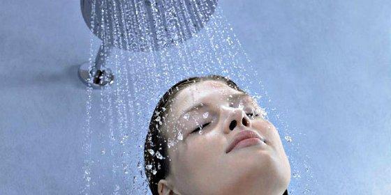Claves para cuidar la piel durante la ducha
