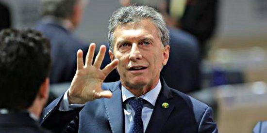 Argentina pide un rescate financiero al FMI para intentar frenar el desplome del peso