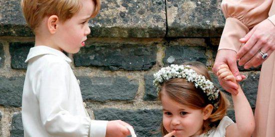 El Príncipe George y la Princesa Charlotte les roban protagonismo a Meghan y Harry en su boda