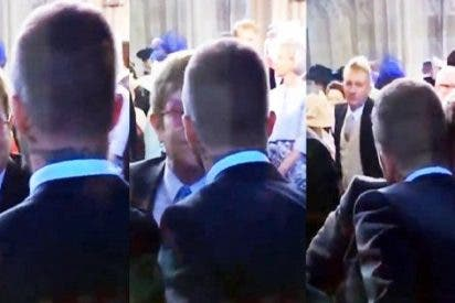 El momento desapercibido del beso de Elton John a David Beckham en la boca