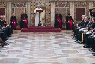 """El Papa, a los nuevos embajadores: """"Tenemos la responsabilidad moral de desafiar la globalización de la indiferencia"""""""