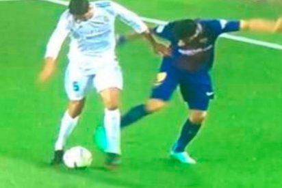 Hasta Suárez reconoce que hubo falta a Varane antes del gol de Messi