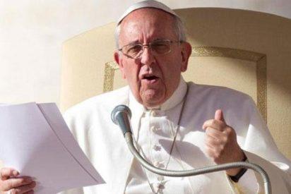 """El Papa insta a no caer en la tentación de """"meter la nariz en la vida de los demás"""""""