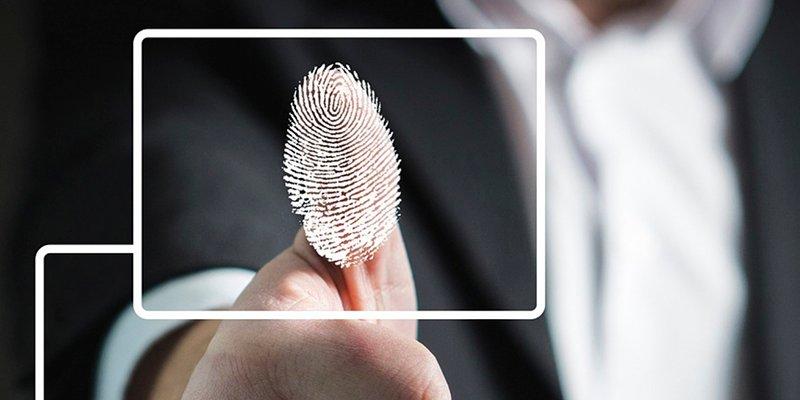¿Por qué el dedo de una persona muerta no puede desbloquear un teléfono?