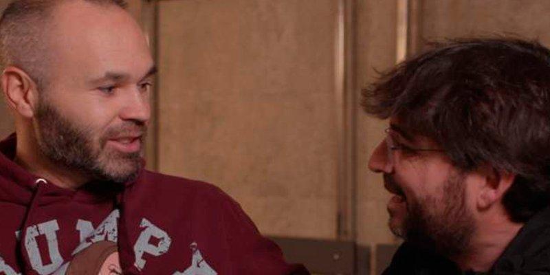Iniesta 'se postula' como presentador de 'Salvados'