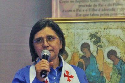 """María Freire: """"Es una gran falta de conocimiento decir que la teología del Papa es inconsistente"""""""