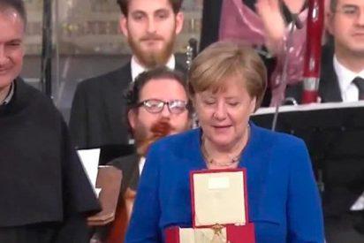 La orden de los franciscanos entrega el premio de la paz a Angela Merkel