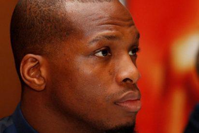"""Este luchador de MMA 'aplica' una """"sumisión verbal"""" a su rival y gana la pelea"""