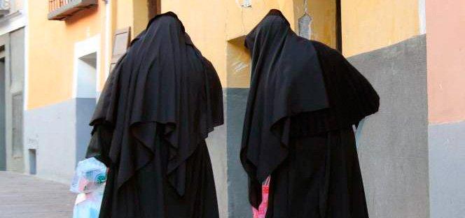 Dos monjas acusadas de torturar a más de 60 niños