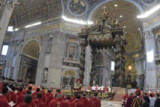 """El Papa, en Pentecostés: """"El Espíritu libera los corazones cerrados por el miedo y vence las resistencias"""""""