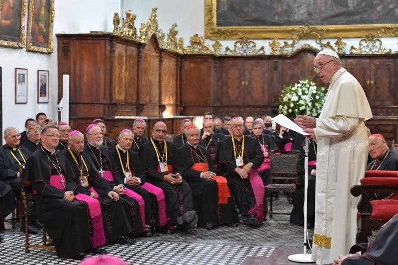 """Los obispos chilenos acuden """"con humildad y esperanza"""" al encuentro con el Papa"""