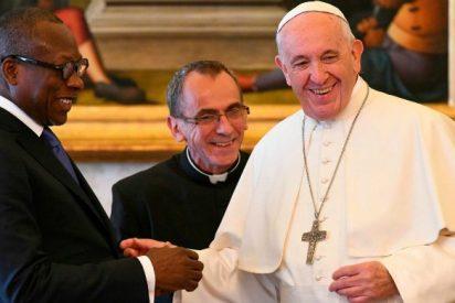 Francisco recibe en audiencia al presidente de Benín
