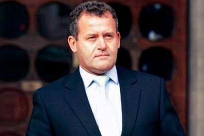 Paul Burrell, el ex mayordomo de Lady Di, expulsado de la boda real
