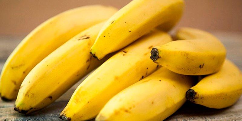 Plátanos fritos con miel