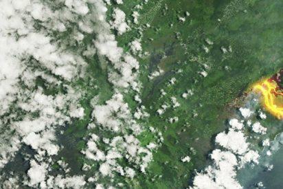 Así se ve el rio de lava del Kilauea desde el espacio