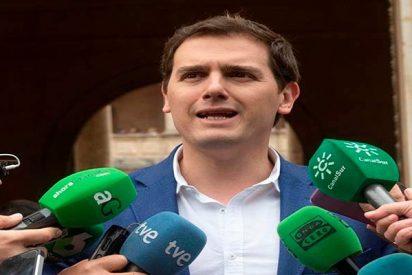 Albert Rivera 'amenaza' con exigir que Mariano Rajoy dimita y sea sustituido en Moncloa por otro líder popular
