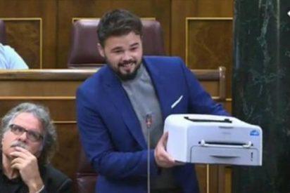 Gabriel Rufián presume de haberse afiliado por fin a ERC y se lleva un sonoro 'zasca'