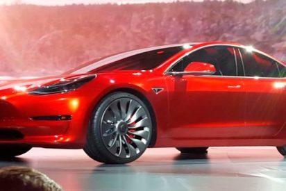 Tesla firma un acuerdo forzado ante la demanda colectiva contra su piloto automático