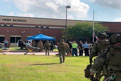 Así fue el sangriento tiroteo en la escuela de Texas