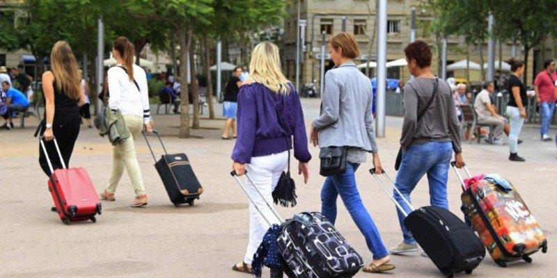 """Airbnb """"se recicla"""" y crea su propia oficina de turismo sostenible"""