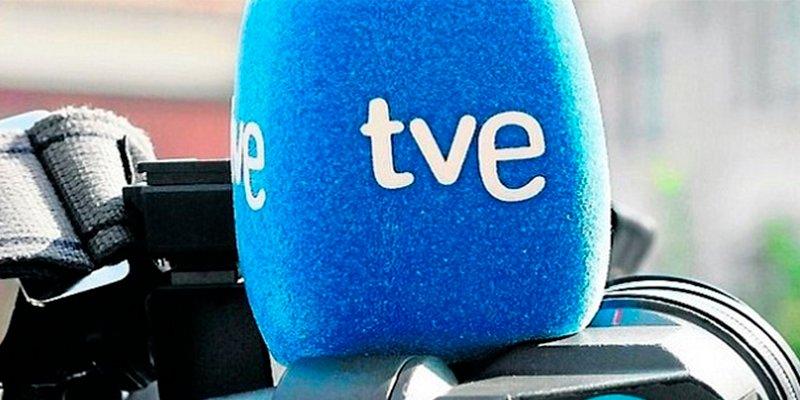 Los sonoros coscorrones a los periodistas de TVE por quejarse del silencio matinal sobre Zaplana