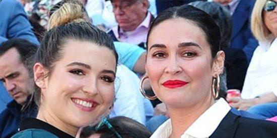 Vicky Martín Berrocal enaltece las virtudes de su hija Alba