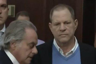 Weinstein ya está en libertad tras entregarse a la Policía por cargos de violación y agresión sexual