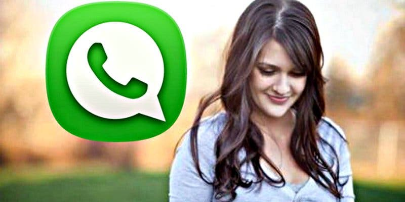 Se equivoca de chat en whatsapp y acaba revelando la infidelidad de su hijo