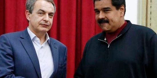 El cansino de Zapatero avala con su presencia el paripé de las presidenciales chavistas en Venezuela