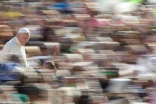 """Francisco pide para la cadena COPE """"la valentía de comunicar y anunciar la alegría del Evangelio"""""""