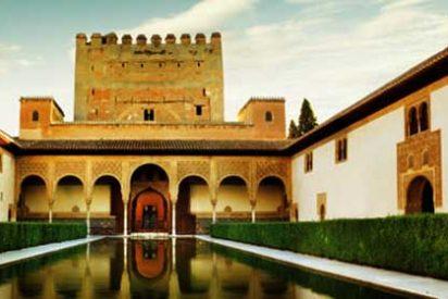 El dinamismo del turismo y el comercio se mantiene en Andalucía por encima de la media española