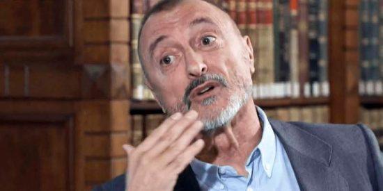 El tuit de Pérez-Reverte sobre Cervantes y el fascismo que enciende Twitter